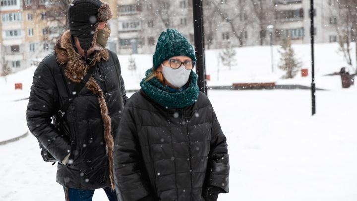 Жители 22 территорий Кузбасса заболели коронавирусом. Рассказываем, где подтвердились новые случаи