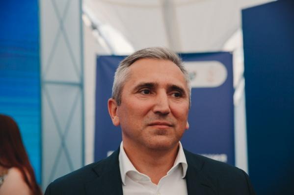 Александр Моор продлил режим повышенной готовности до 15 июня с сохранением масочного режима