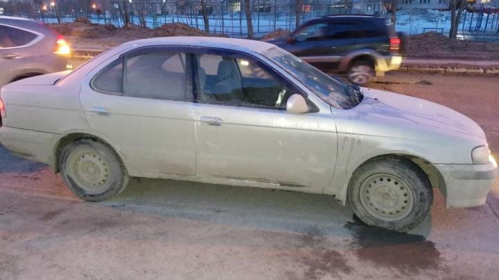 Женщина, сбитая на пешеходном переходе в Кировском районе, погибла