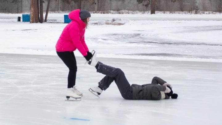 Лед зовет. Где в Челябинске можно покататься на коньках и сколько это будет стоить