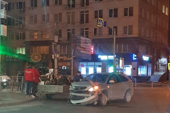 Авария произошла в 21:12
