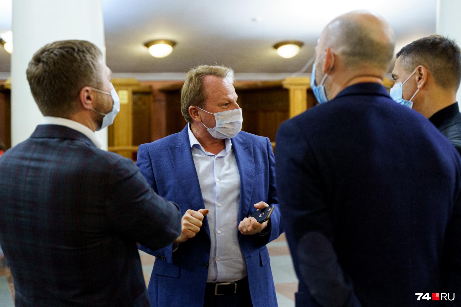 Генеральный директор Челябинской филармонии Алексей Пелымский тоже был замечен в фойе