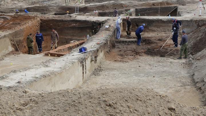 Власти выделили еще 167 миллионов на раскопки в районе Николаевского моста