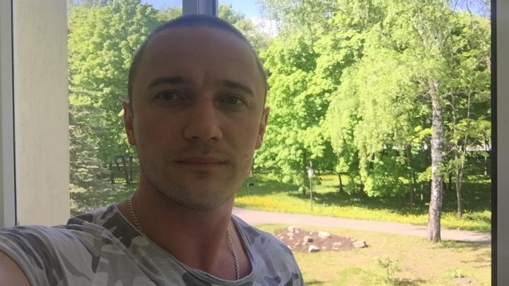«Я хочу на работу»: врач из Уфы, не видевший солнце целый месяц, — о коронавирусе и любви к профессии