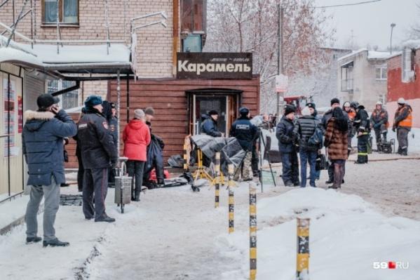 В день ЧП вход отеля «Карамель» был оцеплен