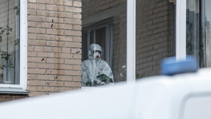 «За месяц уже третьи похороны»: челябинец, переболевший ковидом, — о том, как вирус растерзал его семью