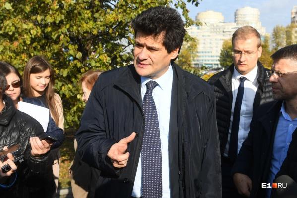 Мэр Екатеринбурга ответил на вопрос о возобновлении ограниченийв городе
