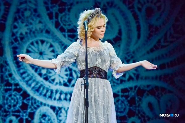 Пелагея выступает на сцене около 30 лет