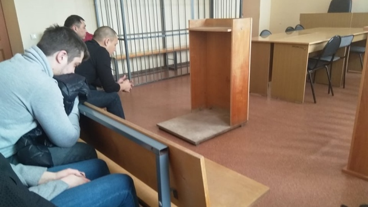 «Подвесим, как Буратино»: в Челябинске по «делу коллекторов» огласили приговор тренеру по боксу