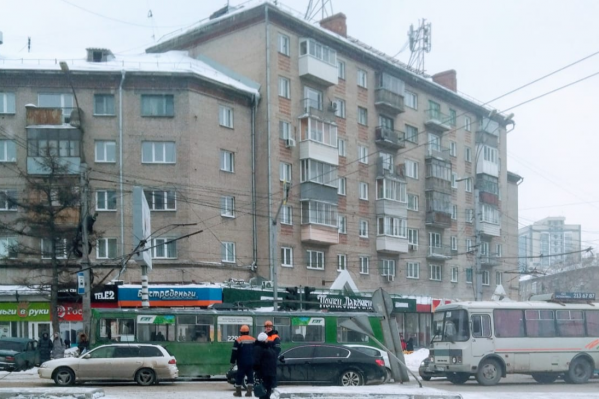 Так сейчас выглядит пробка на площади Станиславского — движение замедленно