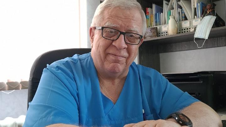 В Челябинской области скончался заболевший коронавирусом врач. Он полвека проработал в медицине