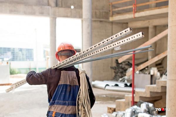 Послабления режима коснулись строительной сферы, образовательной деятельности и сферы торговли