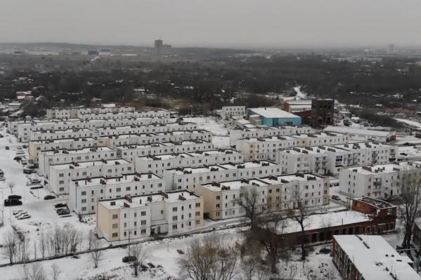 В посёлке построили 17 новых домов для переселенцев