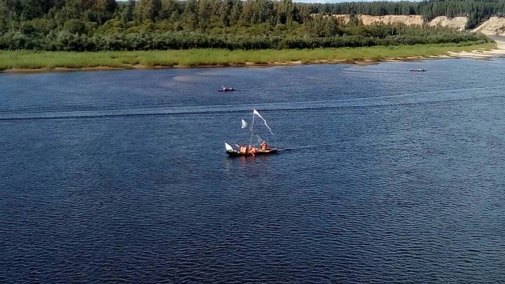 «Средневековая» лодка идет по Ветлуге от истока к устью. Рассказываем, чем она уникальна