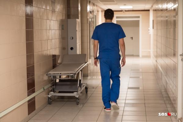 В больницах сейчас лечатся больше двух тысяч человек