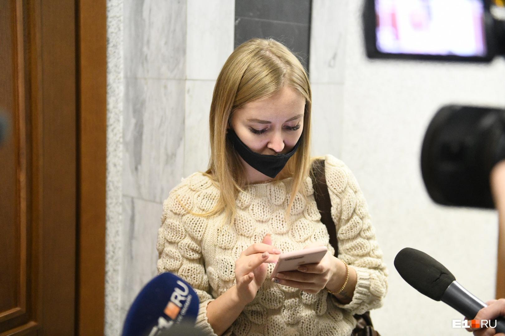 По словам подруги Каторгиной, девушка никому не сказала о том, что едет продавать машину
