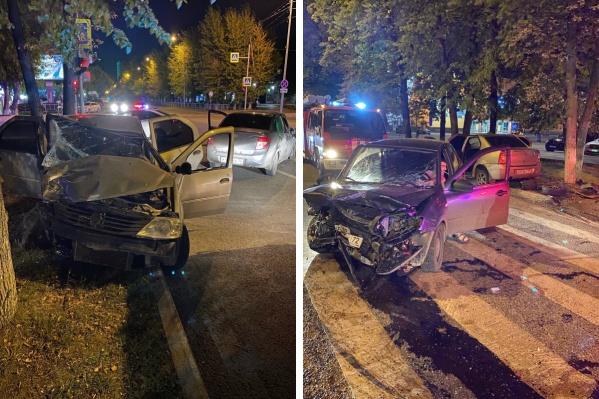 Оба автомобиля после ДТП превратились в груду металлолома