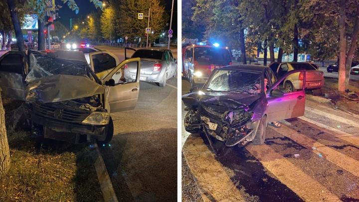 В ночном ДТП на улице Максима Горького пострадали четыре человека