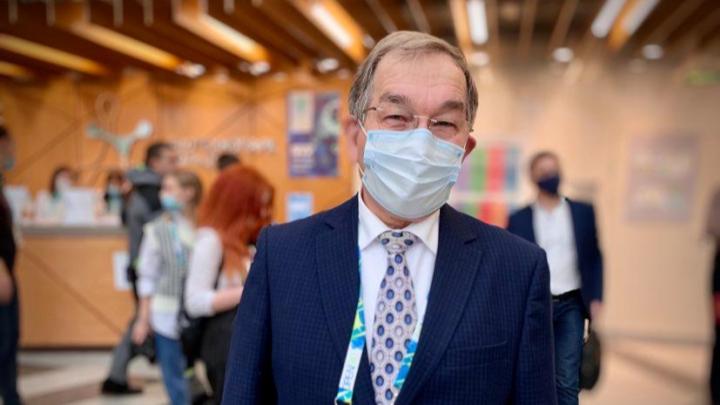 Под Новосибирском обсудили, как остановить коронавирус. Расшифровка самых интересных заявлений