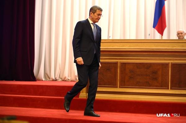 Радий Хабиров говорит, что готов рассмотреть альтернативные источники сырья