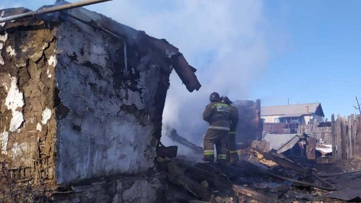 На пожаре в Челябинской области погибла двухлетняя девочка