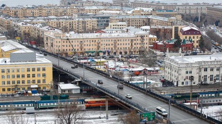 Масштабный дорожный ремонт и вырубка сквера в центре Волгограда: ТОП-3 крупнейших госзакупок за неделю