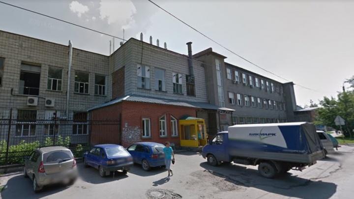 Новосибирцы пожаловались в Роспотребнадзор на четыре холодильника, которые превратили их жизнь в ад