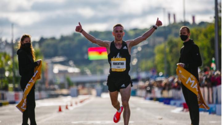 Пермяк побил рекорд Московского марафона