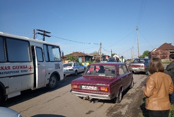 В Далматовский район, где случилась вспышка COVID-19, отправили медиков из Катайска и Шадринска