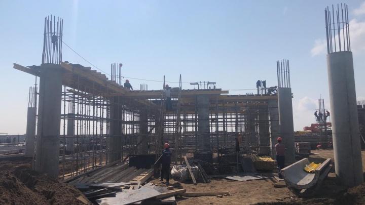 В кемеровском аэропорту показали, как строят новый терминал