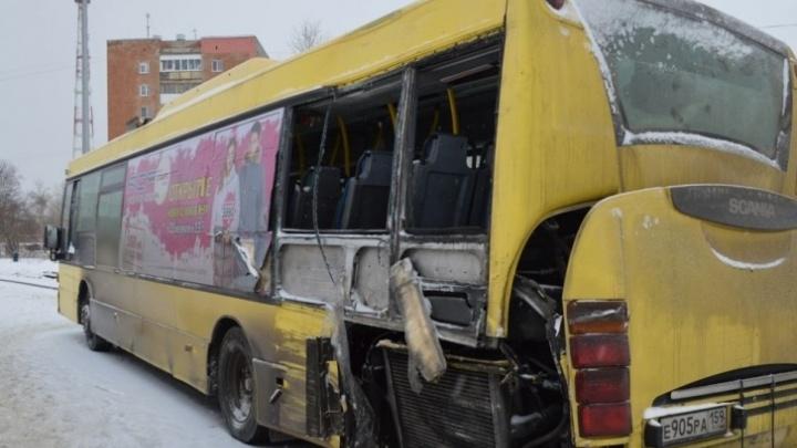 В Перми за гибель школьника в автобусе № 68 осудили контролера автопредприятия
