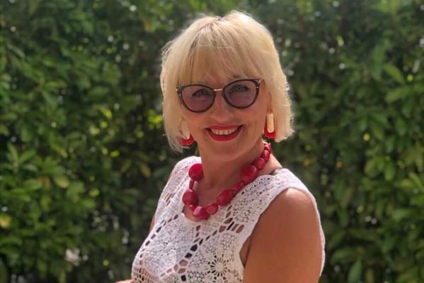 Переводчик из Челябинска Елена Карано говорит, что выжившим в России в 1990-е не страшен карантин во Франции в 2000-е