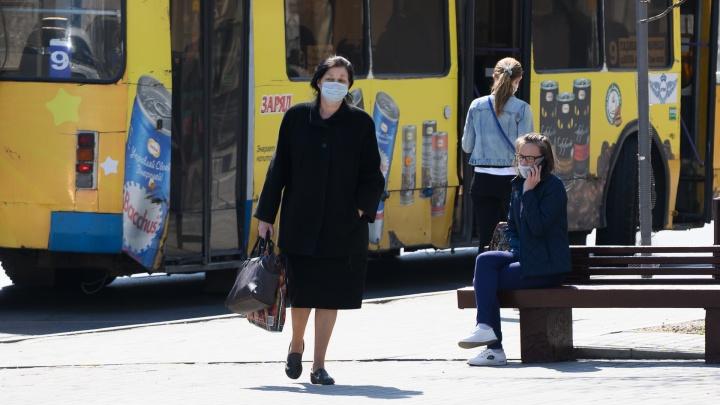 Хроники коронавируса: сколько детей заразились в Ростовской области
