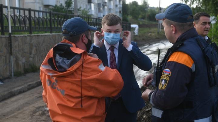 Пригонят экскаваторы и бульдозеры: как будут разбирать последствия наводнения в Нижних Сергах