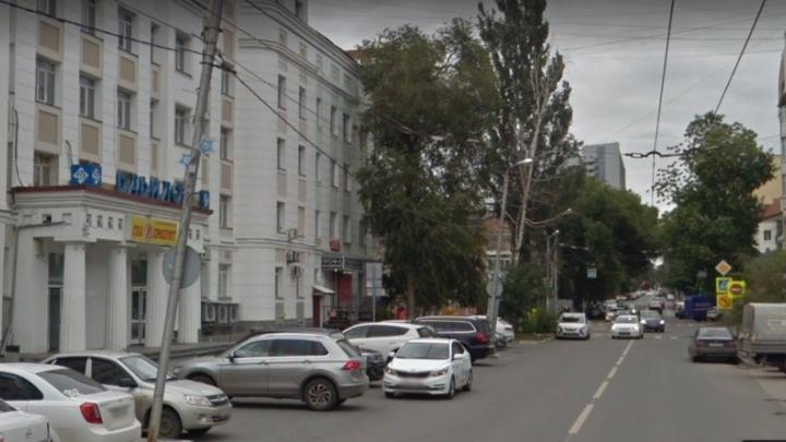 В Самаре около ТЦ «Вавилон» на три недели перекроют дорогу