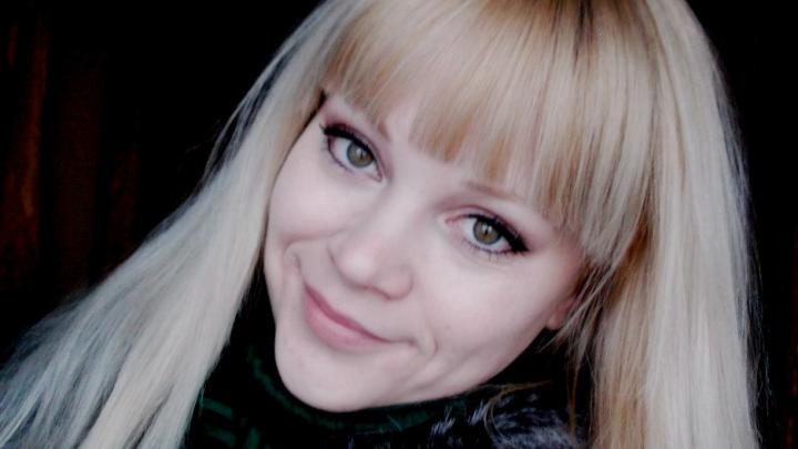 «Она кормила семью»: родные молодой матери, убитой мужем на глазах детей, рассказали об отношениях супругов