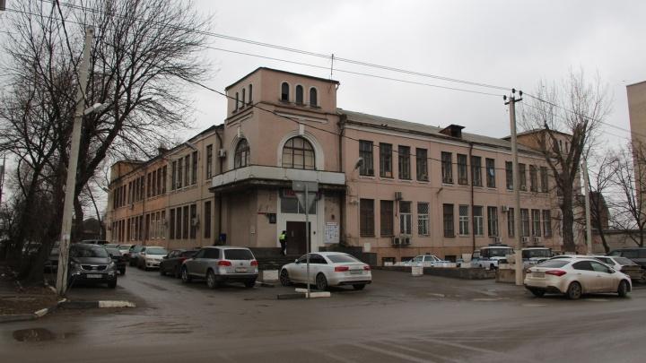 Ростовский союз архитекторов вмешался в скандал с историческим фасадом школы