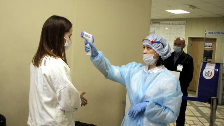 За сутки коронавирусной инфекцией в Омской области заразились 58 человек. Это абсолютный рекорд
