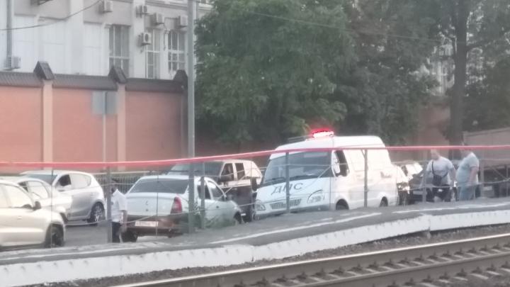 КАМАЗ сбил 14-летнюю девушку в Ростове