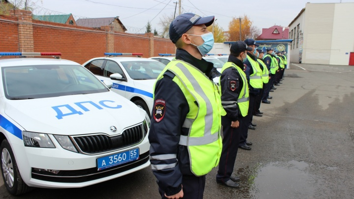 В Омске купили десять новых иномарок для полка ДПС