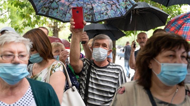 «Нам уже нечего терять»: в Волгограде обманутых дольщиков убедили не начинать голодовку
