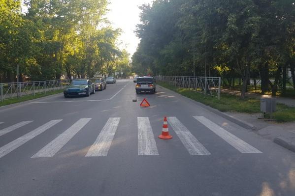 Ребёнок, по предварительной информации, переходил дорогу на красный свет