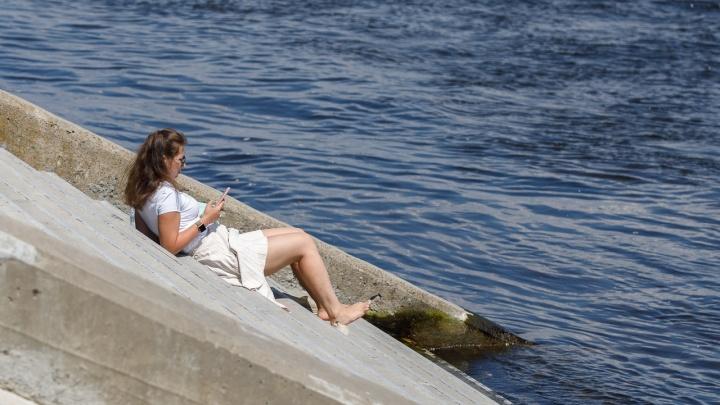 Лучше переждать в тени: МЧС предупреждает об испепеляющей жаре в Волгограде