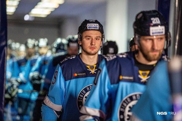 Последний раз до этого сезона «Сибирь» выходила в плей-офф в 2016 году