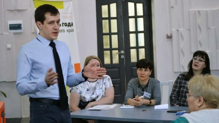 Красноярские мужчины массово идут в директора школ