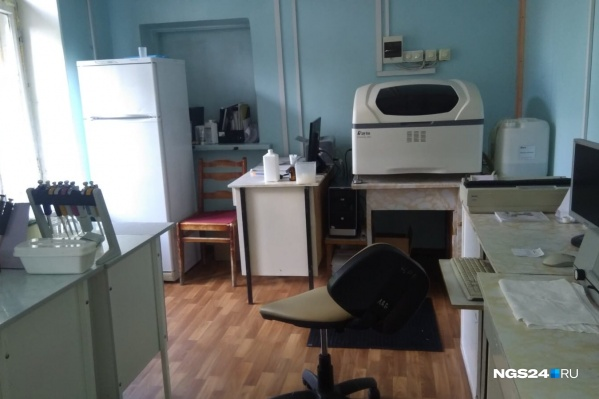 Лаборатория уярской больницы, где берут анализы