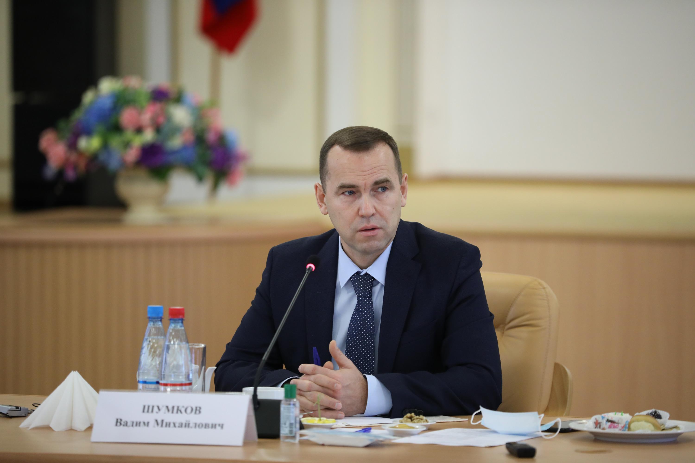 Вадим Шумков отметил, что мэрия Кургана «не является отделом развития областной администрации» и вполне самостоятельна