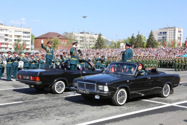 В параде будут участвовать 1674 человека