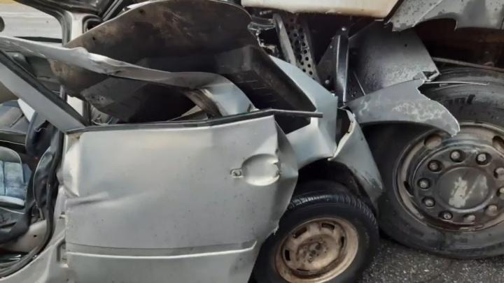 Водитель грузовика рассказал о том, как произошла авария, унесшая жизнь 9-летней девочки