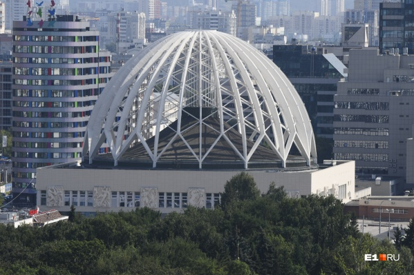 Цирк будут реконструировать от фундамента до купола